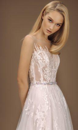 Нежно-розовое свадебное платье