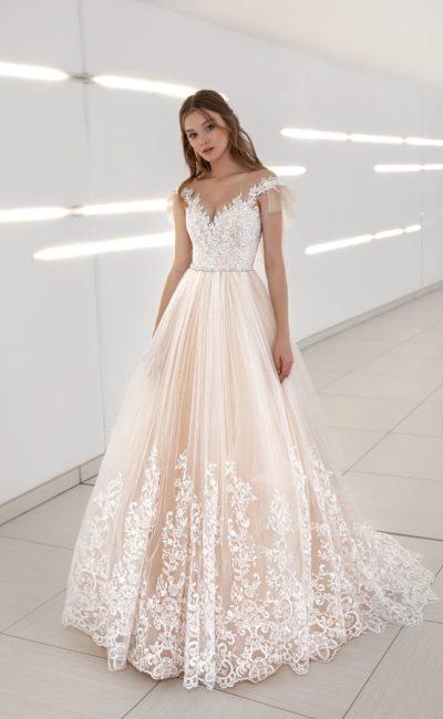 свадебное платье персикового оттенка