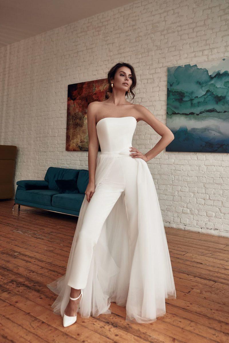 Свадебный брючный костюм-трансформер