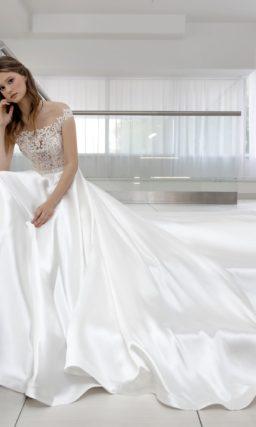 свадебное платье с приталенным кроем