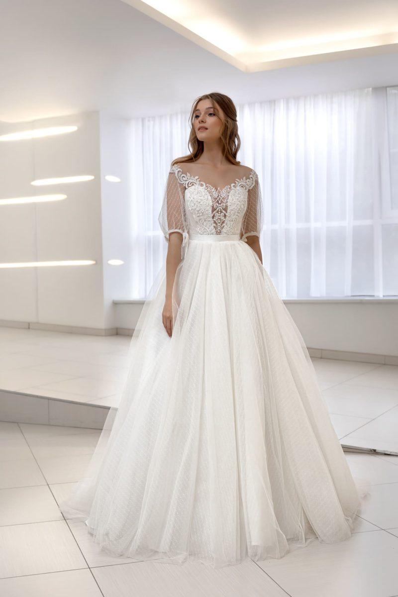 свадебное платье с ренессансными рукавами