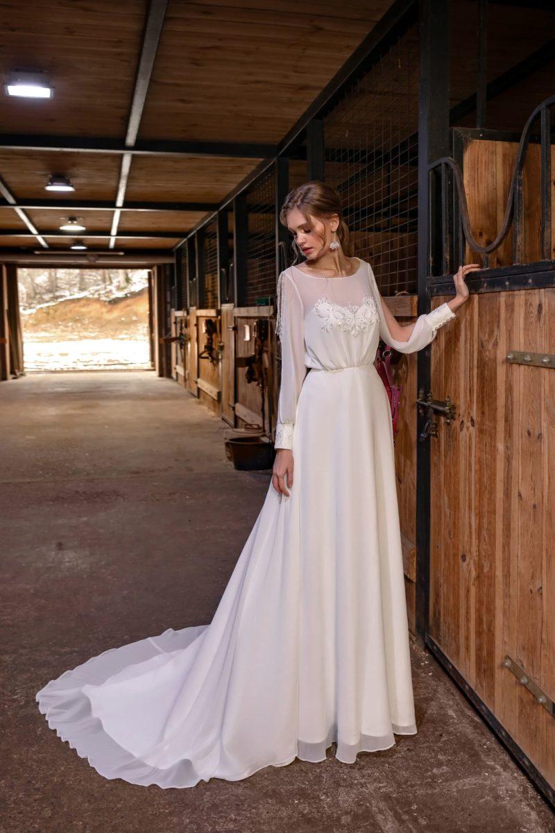 Прямое платье на венчание