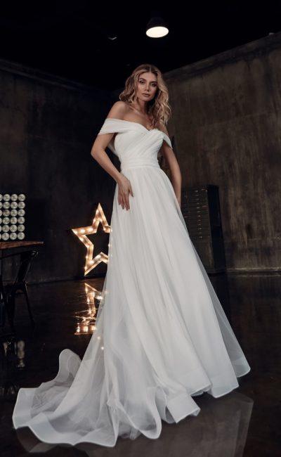 пышное свадебное платье из лёгкого фатина