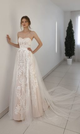 Кружевное свадебное платье-трансформер