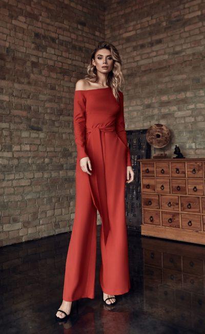 Свадебный красный женский брючный костюм
