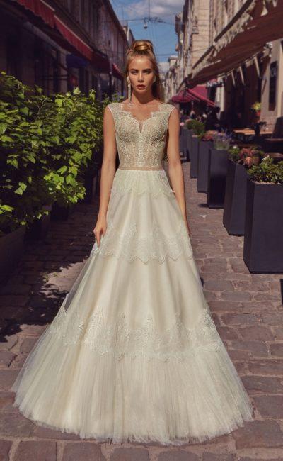 Свадебное платье цвета ivory