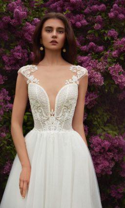 Мерцающее свадебное платье  в оттенке айвори