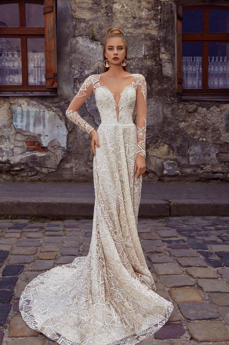 свадебное платье оттенка айвори из кружева