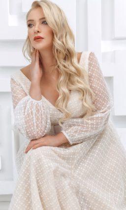 свадебное платье теплого оттенка айвори