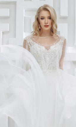 Белое свадебное платье с юбкой А-силуэта