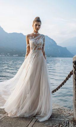 Свадебное платье с эффектом прозрачности