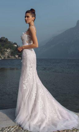 Свадебное платье в нежно-розовом оттенке