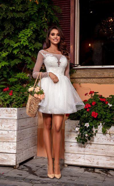 Короткое свадебное платье бэби-долл