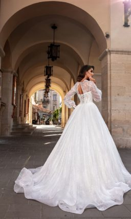 свадебное платье с длинными пышными рукавами
