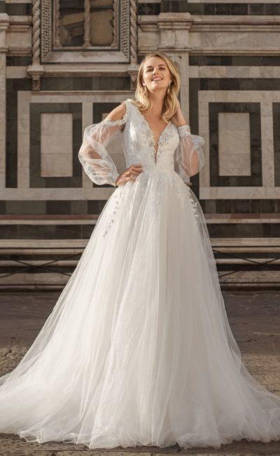 Свадебное платье светлого пепельного оттенка