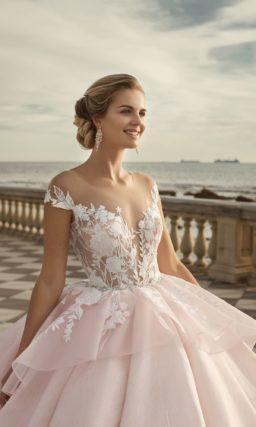 Шикарное пышное свадебное платье
