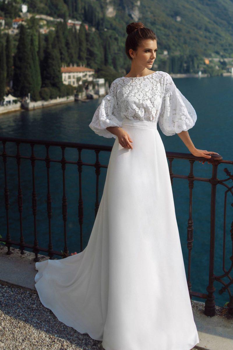 свадебное платье из белоснежного шифона и кружева