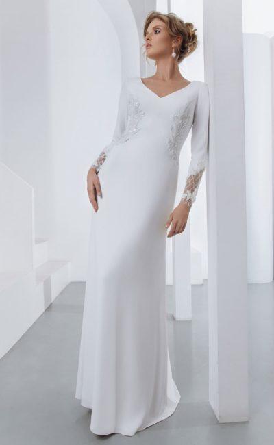 Лаконичное свадебное платье с длинными рукавами