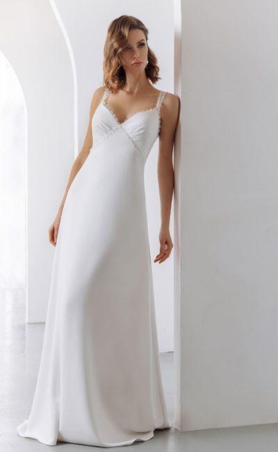 Свадебное платье в бельевом стиле с лаконичным дизайном