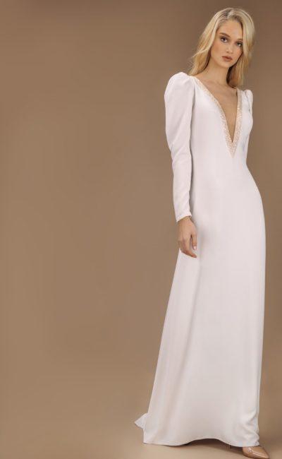 свадебное платье прямого кроя в стиле минимализм