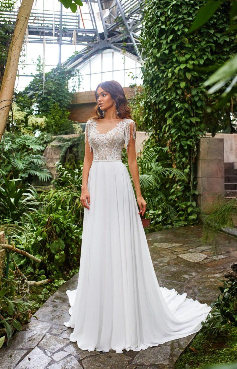 свадебное платье со свободной юбкой