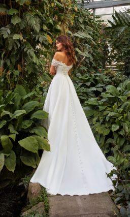 Лаконичное свадебное платье