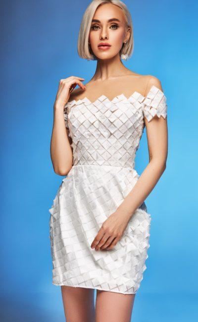 Короткое дизайнерское свадебное платье