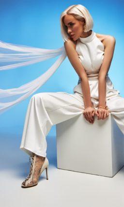 Прямое свадебное дизайнерское платье