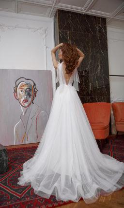 Летнее свадебное платье из тонкого прозрачного фатина