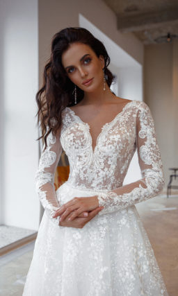 Нежное кружевное свадебное платье