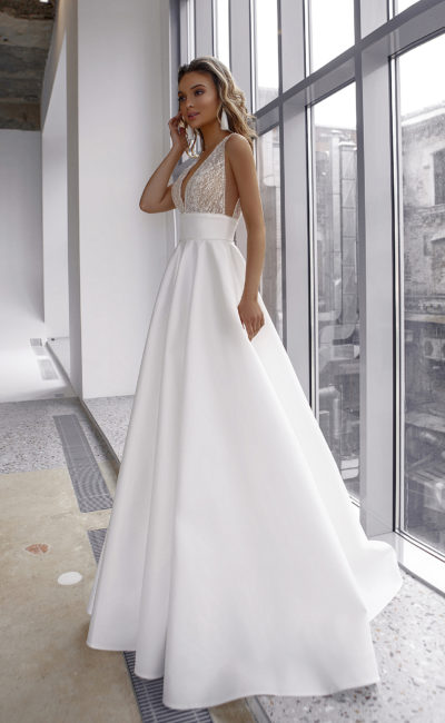 Свадебное платье с высокой талией