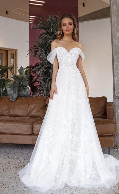 Свадебное платье из невесомого фатина