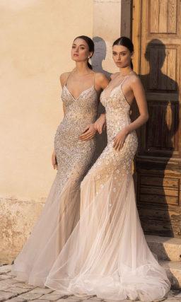 Расшитое свадебное платье русалка