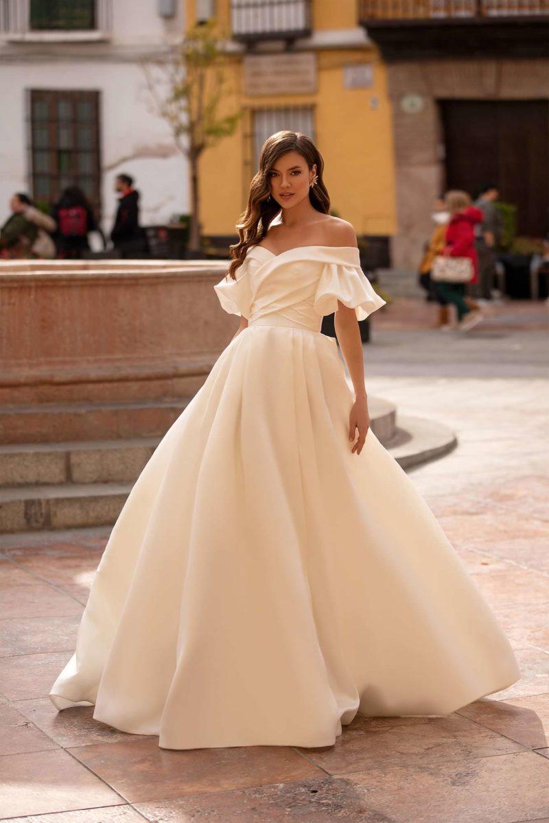 Пышное красивое платье свадебное