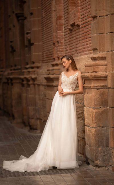 Платье прямого фасона