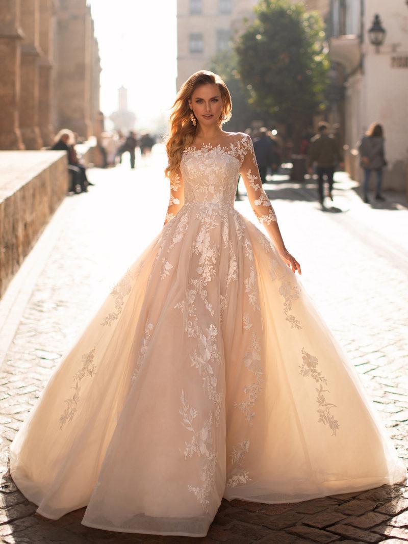 Роскошное пышное свадебное платье