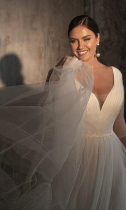 Простое платье на крупную невесту