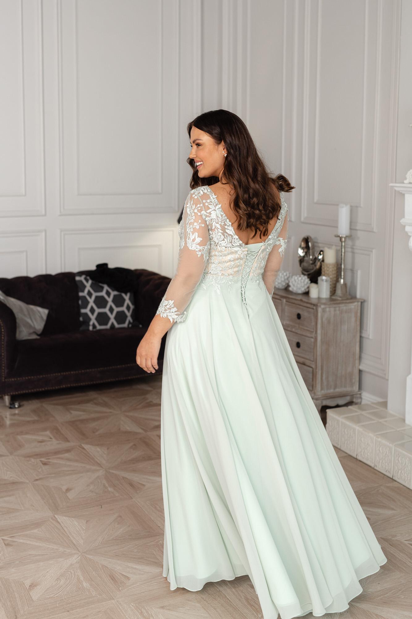 Свадебное платье из атласа с поясом Naviblue Bridal Idalia