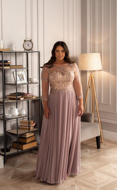 Свадебное платье с светло-абрикосовым корсетом
