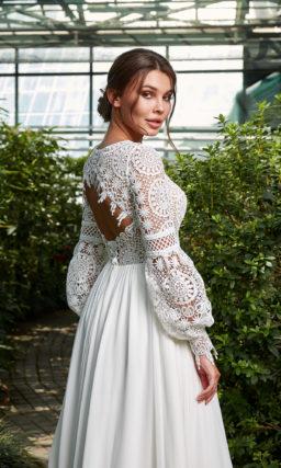 Платье кружевное свадебное