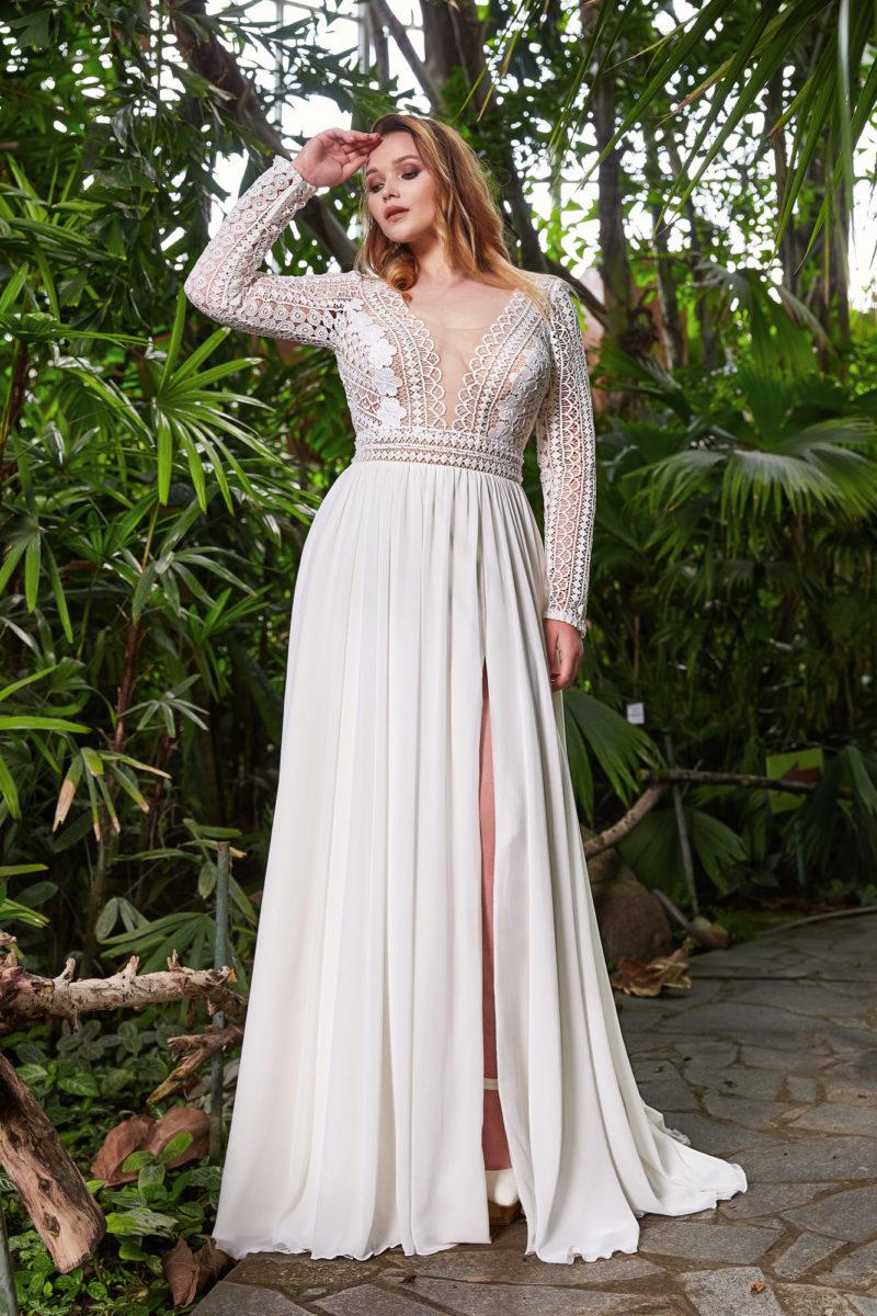 Cвадебное платье plus size c кружевным верхом