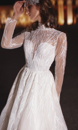 Свадебное платье воротником под горло