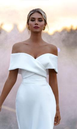 Свадебное платье с необычным верхом