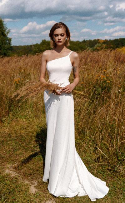 Свадебный наряд-трансформер прямого силуэта