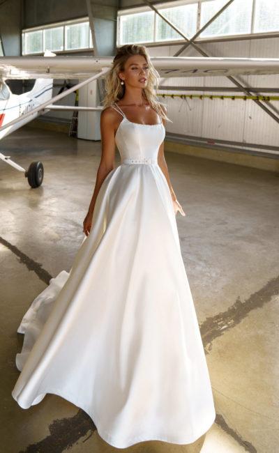 Свадебное платье в пышном силуэте