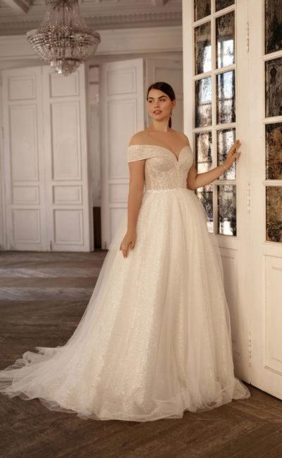 Свадебное платье большого размера с широкими бретелями