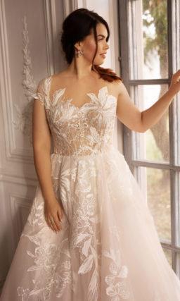 Нежное свадебное платье большого размера