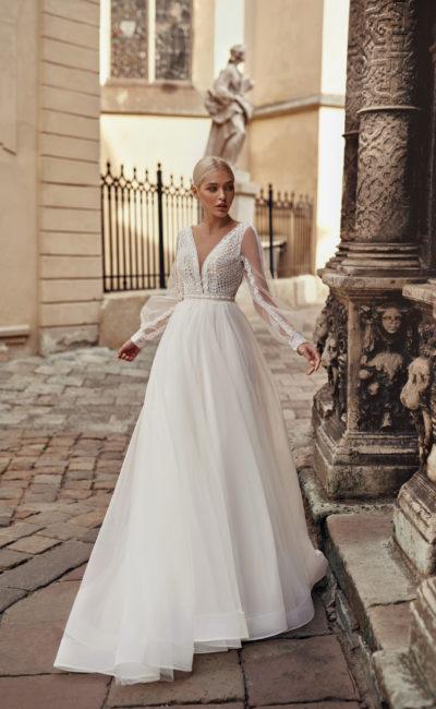Платье со съемным рукавом свадебное