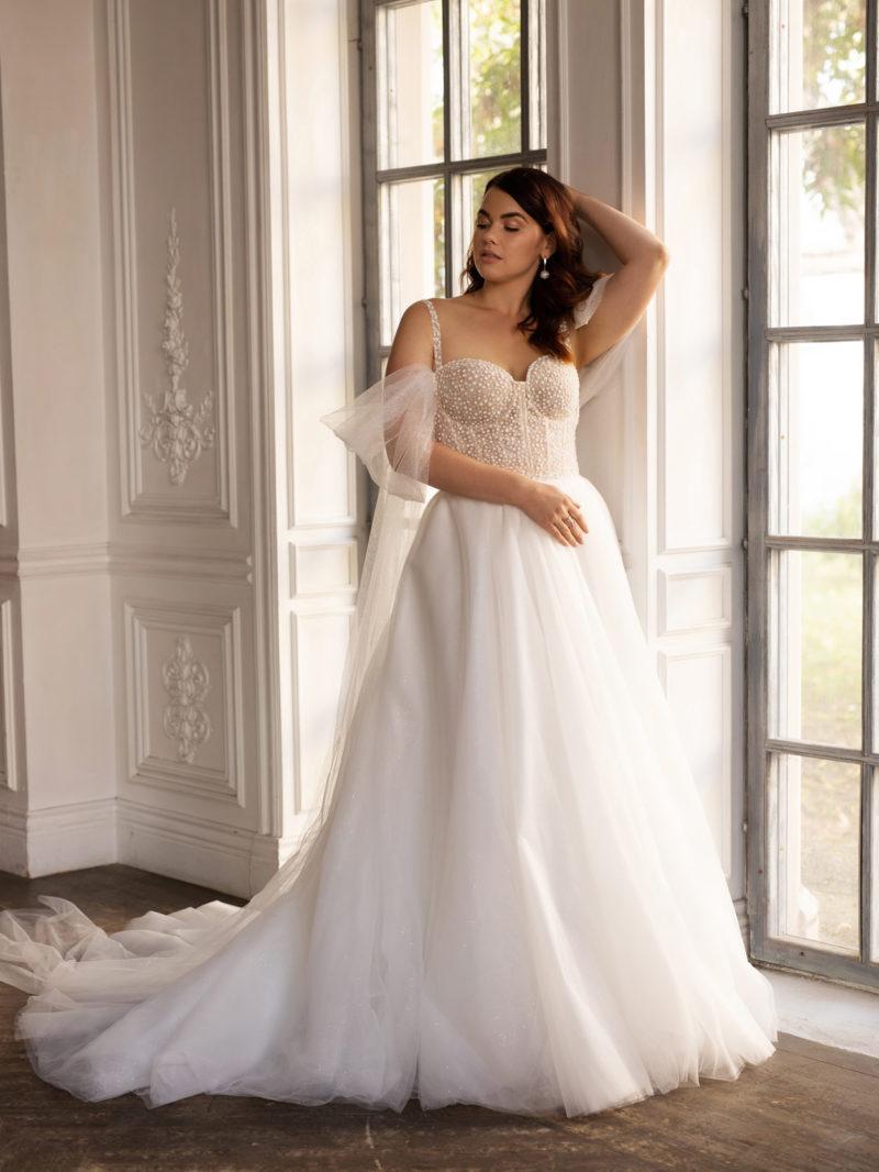 Пышное свадебное платье большого размера