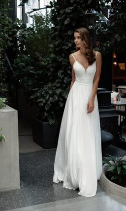 свадебное платье с многослойной струящейся юбкой